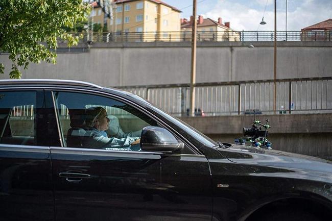 Car rig on car
